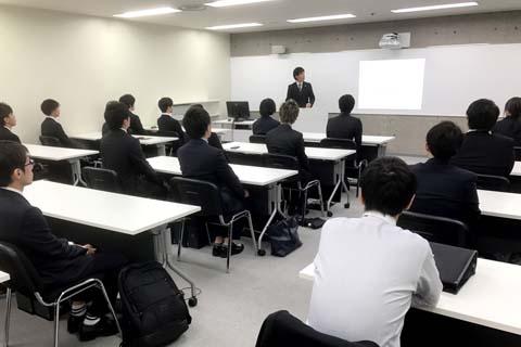 20180421大阪校・入学オリエンテーションs.jpg