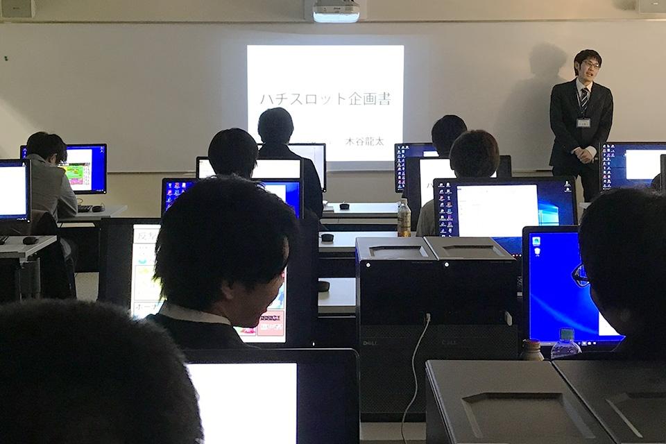 大阪校_プレゼン.jpg