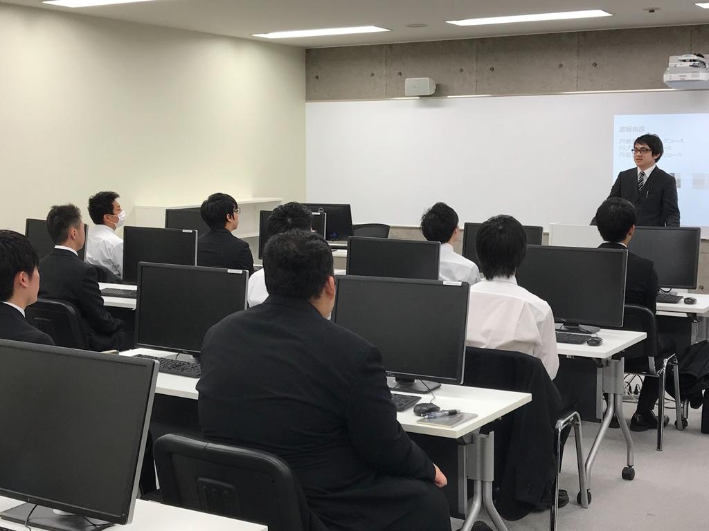 大阪校入学オリエンテーション20190420.jpg
