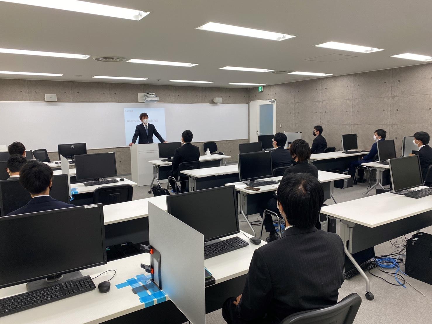 大阪入学オリエン.JPG